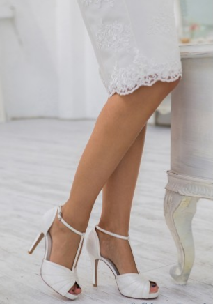 wedding-shoes-traditional