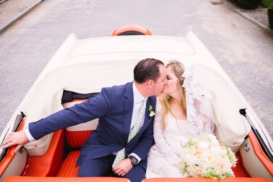 Five Things to Consider When Booking a Classic Wedding Car