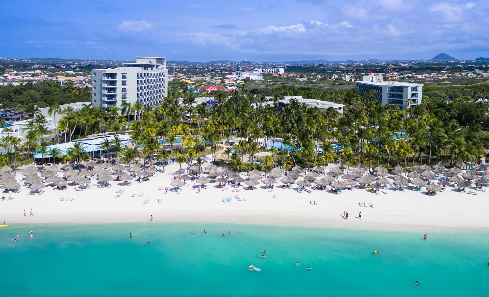 This Hilton Aruba is one of the casinos resorts we think would make a great wedding destination.